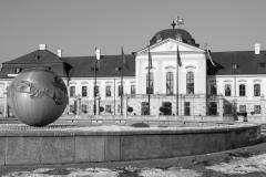 Palais-Grassalkovich-und-Friedensbrunnen